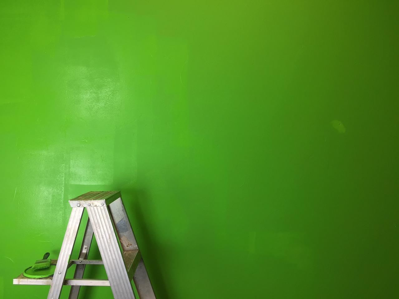 En stor del af hjemmets indretning har med væggene at gøre